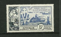 A.O.F.1954 Poste Aérienne    N° 17    10ème Anniv. De La Libération        Neuf Avec Trace De Charnière - Neufs