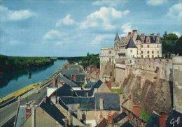 Amboise - Le Château Surplombant La Ville Et La Loire.  # 03912 - Amboise
