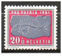 Suisse - Poisson Pétrifié N° YT 679** (1961) - Suisse