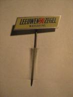 Pin Leeuwen Zegel Margarine (GA00857) - Associations