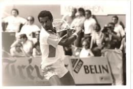@  YANNICK NOHAH INTERNATIONAUX DE TENNIS ROLAND GAROS MARDI 27/05/86 - Sportifs