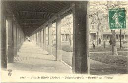 69/ CPA - Asile De Bron - Galerie Centrale - Quartier Des Hommes - Bron