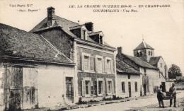 Cpa 1917,  COURMELOIS, Marne, Deux Soldats Transportent  Une Panière (44.65) - France