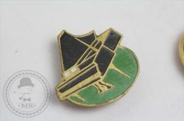 Old Piano - Music Pin Badge #PLS - Música