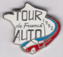 Superbe Pin´s En EGF , Tour De France Auto 1992 , Carte De France - Non Classés