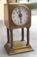 Reveil Officier,pendulette LFS Lorenz Furtwangler Schone,tischuhr Deutsch Allemagne Clock Watch Suisse - Alarm Clocks