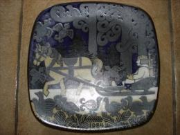 Gres Ceramique Assiette Arabia Finland 1984 Design R Ussikkimon - Céramiques