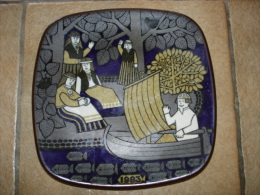 Gres Ceramique Assiette Arabia Finland 1983 Design R Ussikkimon - Céramiques