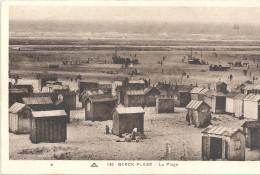 BERCK-PLAGE - 62 -    La Plage Avec Baraques 1er Plan -   - VAN - - Berck