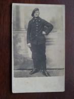 Soldat Soldaat Milicien ( Te Identificeren / 16 Op Kraag ) Anno 19?? ( Zie Foto Voor Details ) !! - Krieg, Militär