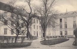 Thematiques 61 Orne Alençon Cour D'Entrée Du Lycée - Alencon