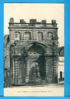 CP, 62, ARRAS, La Fontaine De Neptune, Vierge - Arras