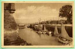 17 Ile D'Oléron - LE CHATEAU - Le Port - Ile D'Oléron