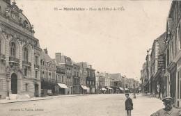 CPA Montdidier - Place De L'hôtel De Ville - Montdidier