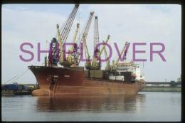 diapositive authentique cargo BRAVO (r�f. D04689) - ship 35 mm photo slide - bateau/ship/schiff