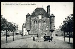 Cpa Du 29 Guerlesquin  L' Ancienne Prison La Mairie  JUIA3 - Guerlesquin