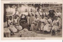 ANGOLA FILANT LA TOILE POUR LA MISSION (BELLE ANIMATION) - Angola