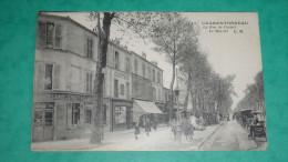 CHARENTONNEAU  La Rue De Creteil  Le Marché - France