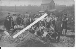 Réparation Des Voies Par Du Personnel Civil Et Militaire Des Chemins De Fer 1 Carte Photo 1914-1918 14-18 Ww1 WWI Wk - War, Military