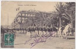 Zouaves - Le Défilé Du Régiment - Algerien