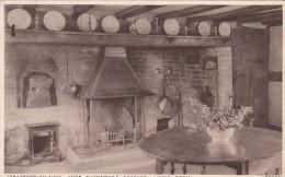 Living Room.Anne Hathaway`s Cottage, Stratford-On-Avon,Warwick Shire , S27. - Stratford Upon Avon