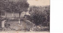 BEAUREPIT LE JARDIN FRANCAIS VU DE LA GRILLE(dil85) - France
