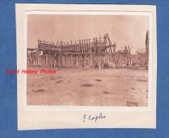 Photo ancienne - ETAPLES ( Pas de Calais ) - Restes d'un Bateau ? - Enfants