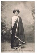 La Ville De Nimes Reprsentée Par Melle Marguerite Ghione Fête De Charité 1904 Carte Neuve - Nîmes