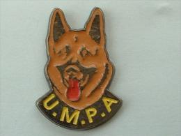 PIN´S CHIEN BERGER ALLEMAND - U.M.P.A - Animals