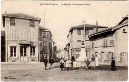 Heyrieux - La Place Et Le Monument Briller - France