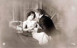 Junges Liebespaar, Fotokarte Um 1910 - Paare