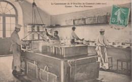 LE CASERNEMENT DU 8° BATAILLON DE CHASSEURS - CUISINE - VUE D'UN FOURNEAU - Régiments