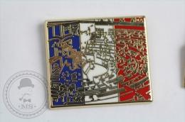 Député, Députés Exposition De L´Assemblée Nationale - Signed Arthus Bertrand - France Flag - Pin Badge #PLS - Arthus Bertrand