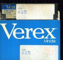 X 22 COMMODORE 64 FLOPPY CONTENUTO PREVALENTE GAMES ADATTO PER UTENTI ESPERTI - 5.25 Disks