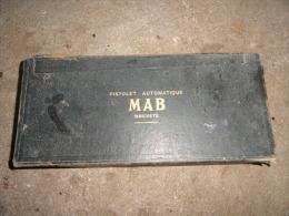 """coffret """"collector"""" pour ancien pour pistolet automatique MAB"""