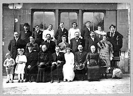 Viels Maisons Aisne Mariage Devant Maison Café Robert Env.1910  état Superbe - Frankrijk