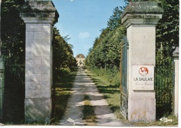 Chedigny : La Saulaie Maison Familiale De Vacances (reignac Sur Indre) N°0123 - La Grille D'entrée - Altri Comuni