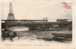 Publicitaire Maggi  -  Paris  -  Le Métropolitain - Passerelle D'Auteuil - Advertising