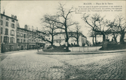 71 MACON / Place De La Barre / - Macon
