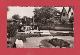 *  CPSM Photo..( Dépt 64 )..ANGLET  :  Carrefour De La Chambre D' Amour Et Jardins   :  Voir Les 2 Scans - Anglet