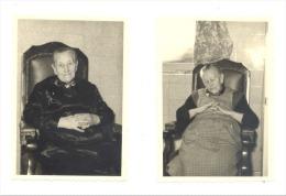 Lot De 2 Charmantes Photos - Amour Et Tendresse - Grand-mère Dans Son Fauteuil Voltaire(7 X 10 Cm) - Persone Anonimi