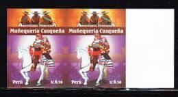 RB)2009 PERU, PERUVIAN CRAFTS/MUÑEQUERIA CUSQUEÑA MNH IMPERFORATE PAIR - Peru