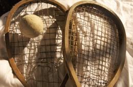 BADMINTON vieilles raquettes + balle