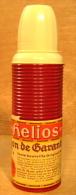 BOUTEILLE THERMOS ORIGINAL HELIOS  AVEC ETIQUETTE COLLER . BOUCHON ET GOBELET - Autres Collections