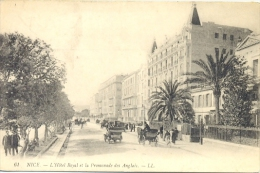 CPA NICE - L'HOTEL ROYAL ET LA PROMENADE DES ANGLAIS - Nice
