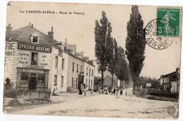VENAREY-LES-LAUMES--Les Laumes-Alésia-1910-Route De Venarey(très Animée,commerce Chotard,pubs Motricine,Chocolat Menier) - Venarey Les Laumes