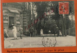 CPA 14  HOULGATE   Entrée Du Grand-hotel  Et Avenue Maria Feodorowna   Oct 2014 Div 668 - Houlgate