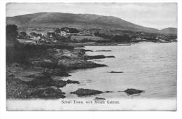 Schull Town, With Mount Gabriel. Kleinformat - Ireland
