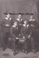 CPA CARTE PHOTO MILITAIRE MATELOTS DE MARINE NOUVEL AN 1926 AMIRAL PAR ROBERT TOULON - Personnages
