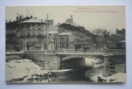 11 -  NARBONNE -    Entrée De La Ville Et Pont VOLTAIRE - Effet De Neige - Narbonne